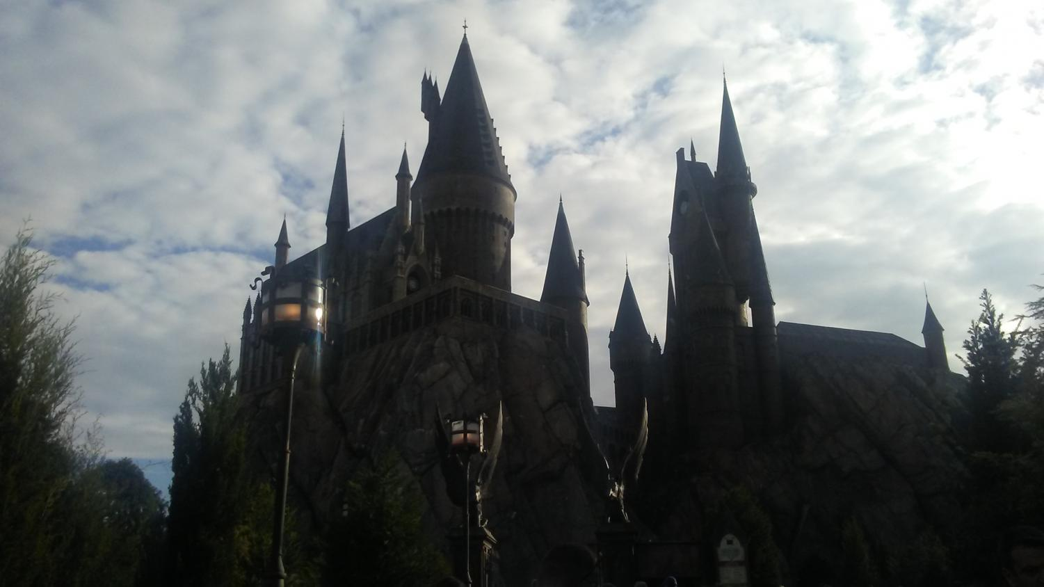Entrance to Soar above Hogwarts with Harry Potter